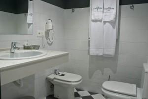 Baño de la Habitación Las Mieres